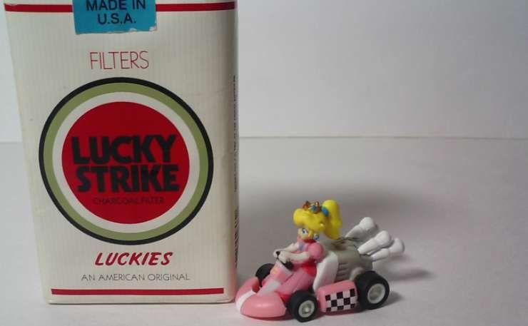 PROMO MINI PULLBACK CAR Princess Peach MARIO KART Wii